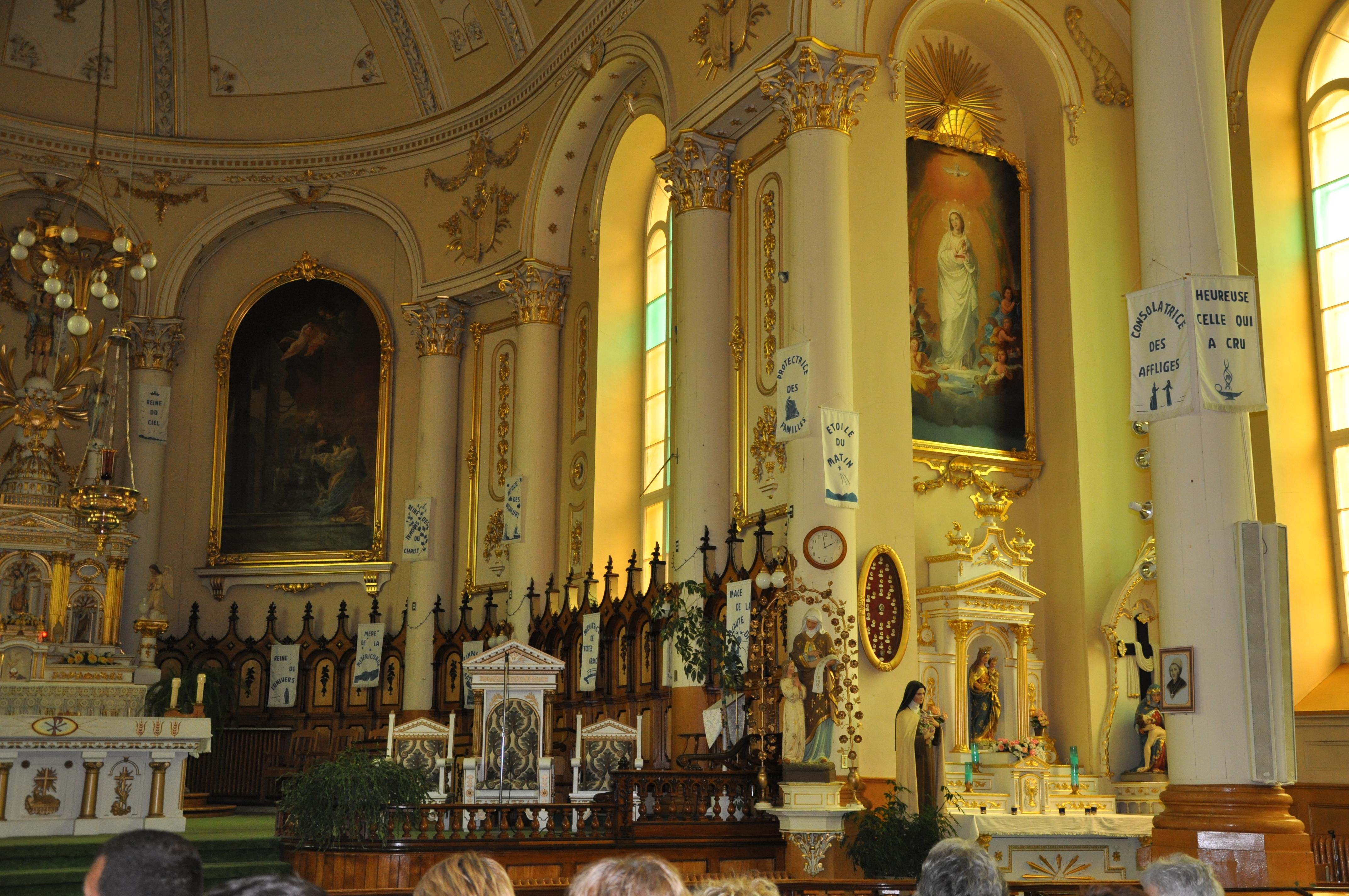 intérieur de l'église de Saint-Michel