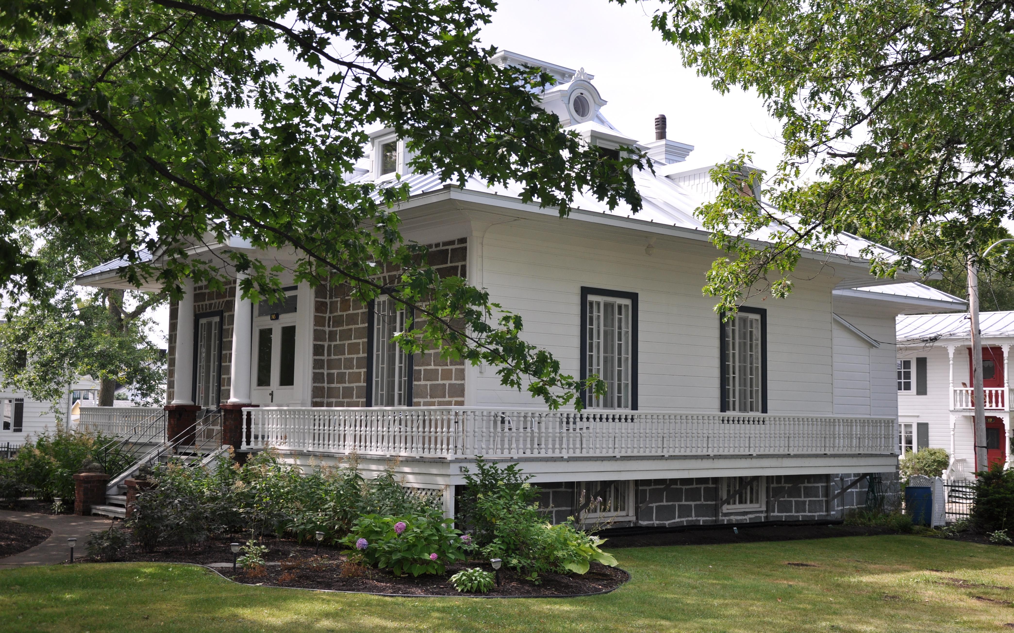 Maison historique sur la rue Principale