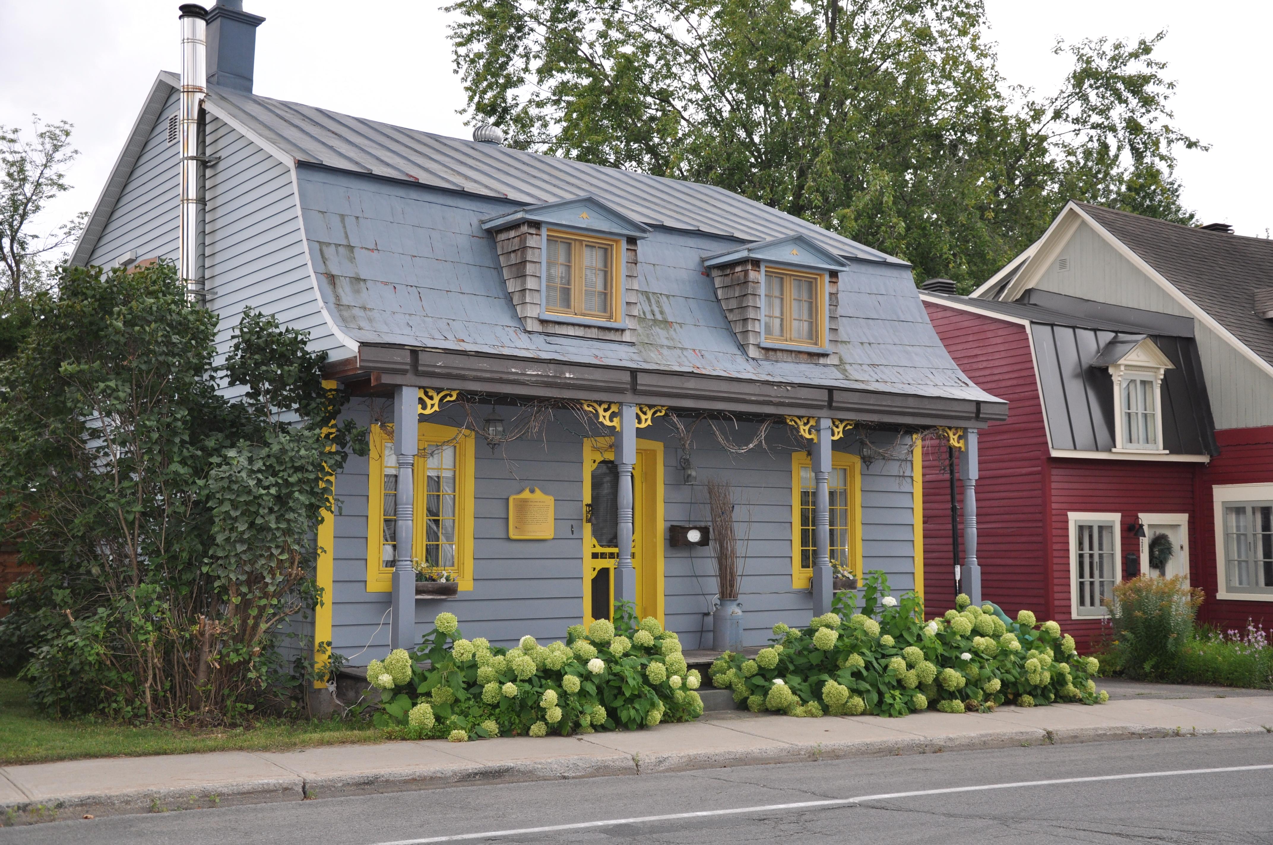 Maison dans Vieux St-Eustache