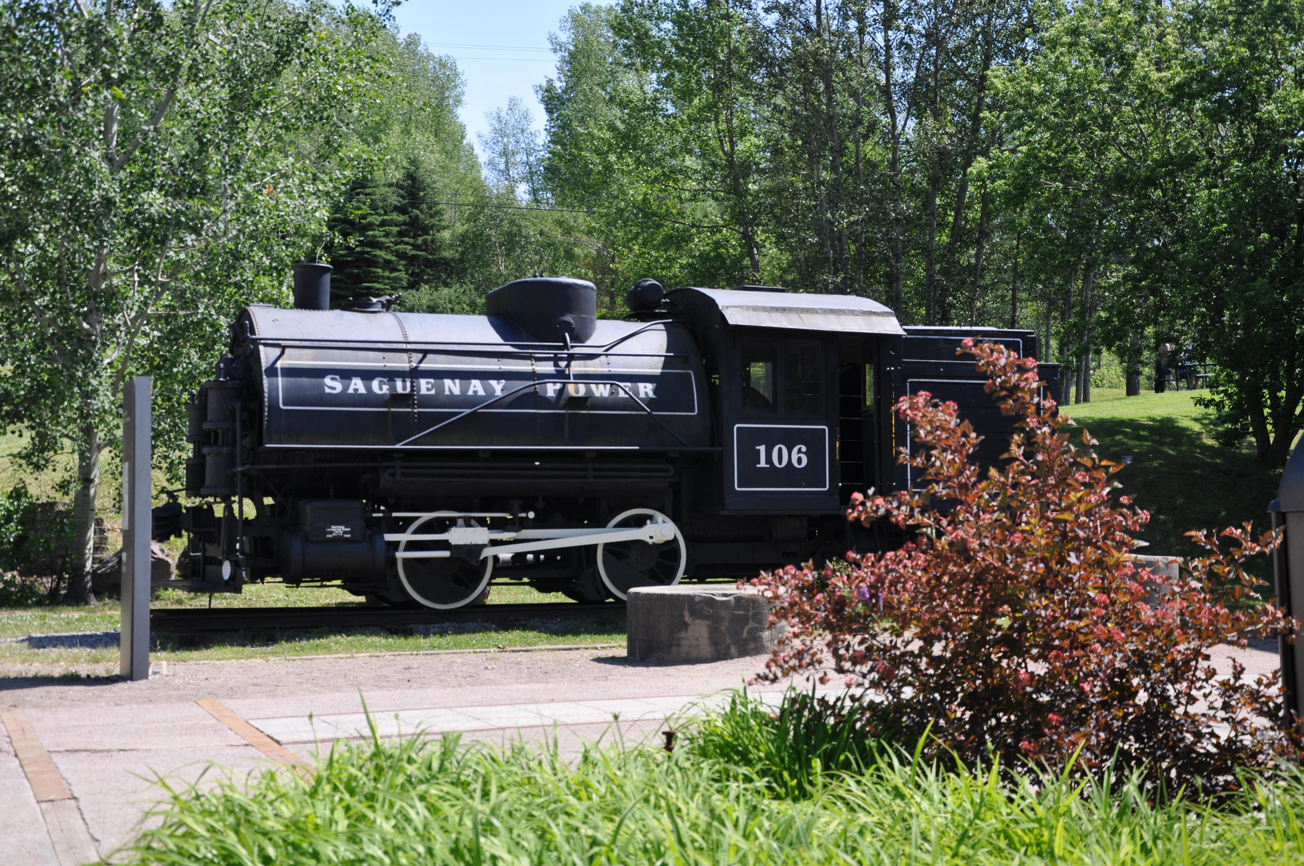 Le train de la Saguenay Power, un témoin de l'histoire de la pulpaire
