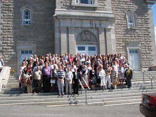 groupe devant l'église 06-09-09